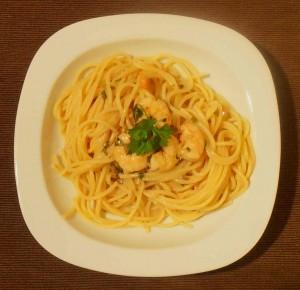 spaghetti mit garnelen in kokosso e fenchel sellerie salat mike kocht. Black Bedroom Furniture Sets. Home Design Ideas